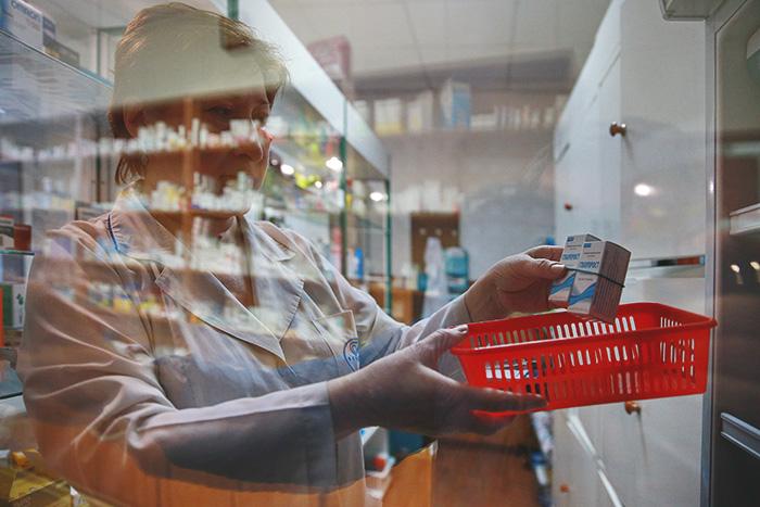 Власти Москвы опровергли сообщения о дефиците лекарств от коронавируса