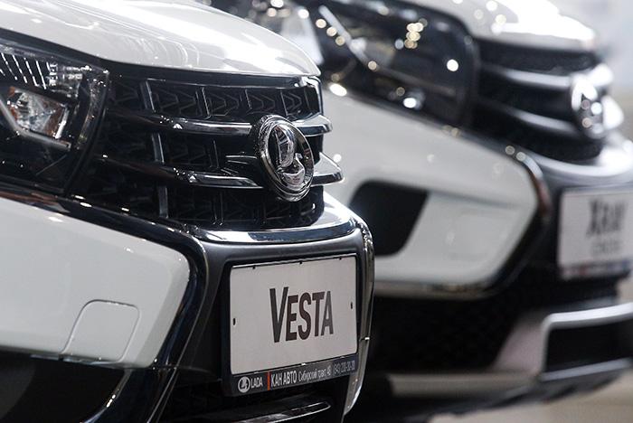 """""""АвтоВАЗ"""" отзовет в РФ 90 тыс. машин Lada в рамках крупнейшей за 2,5 года кампании"""