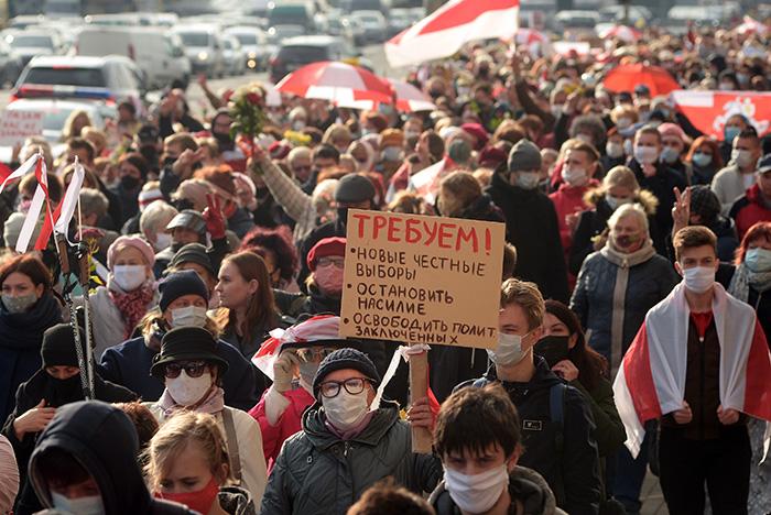 Лукашенко обвинил протестующих в переходе к терроризму