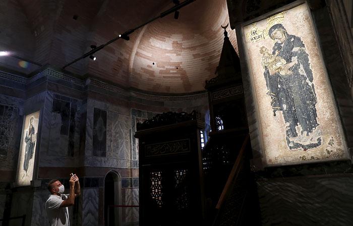 РПЦ ужаснулась изменениям в переделанном в мечеть монастыре Стамбула