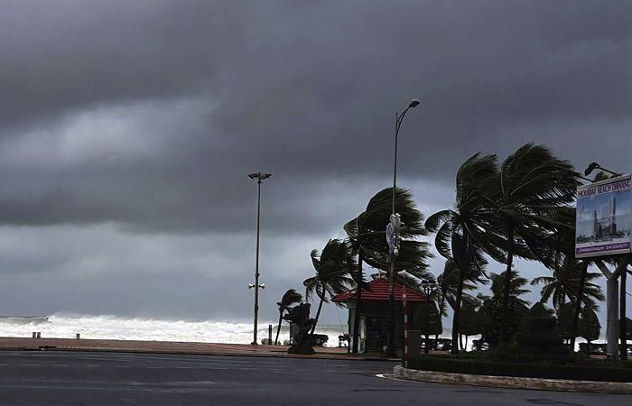 На Вьетнам обрушился мощный тайфун