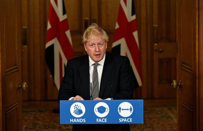 Джонсон объявил повторный локдаун в Англии до декабря