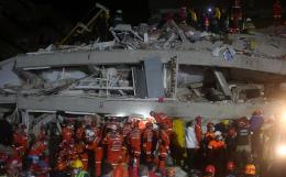 Число погибших в результате землетрясения в Турции увеличилось до 20