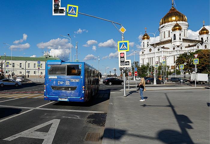 В Москве с 7 ноября автомобилистам запретят проезд по выделенкам