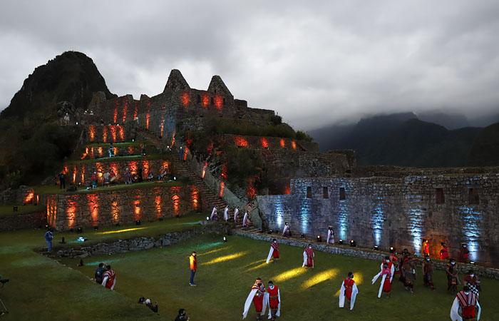 Мачу-Пикчу возобновил прием туристов после почти восьми месяцев перерыва
