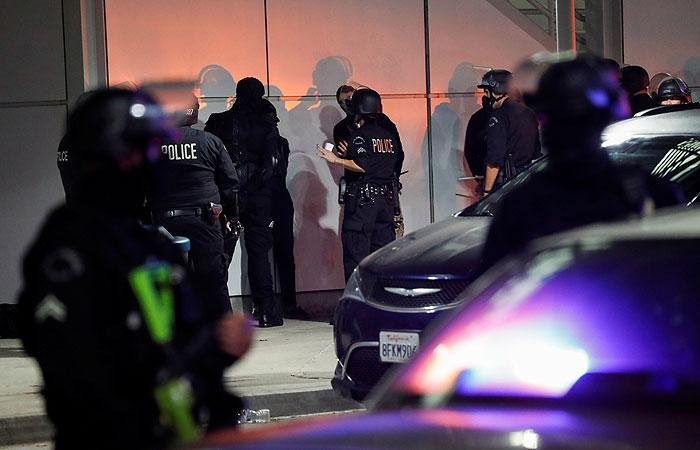 В ряде городов США задержаны десятки человек на акциях протеста