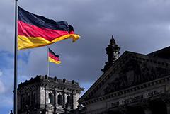 Берлин назвал неоправданными санкции РФ против немецких и французских чиновников