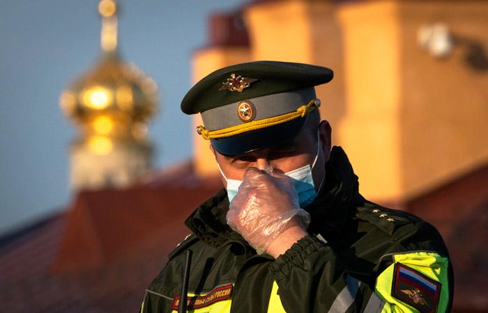 В Петербурге возбудили дела об экстремизме на фоне войны в Карабахе
