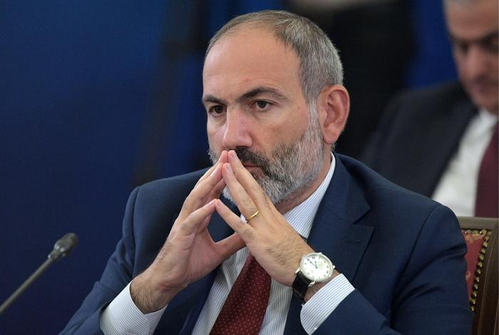 """Пашинян допустил """"колоссальные"""" экономические изменения от заявления по Карабаху"""