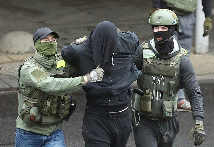 Правозащитники насчитали уже 600 задержанных на акциях в Белоруссии