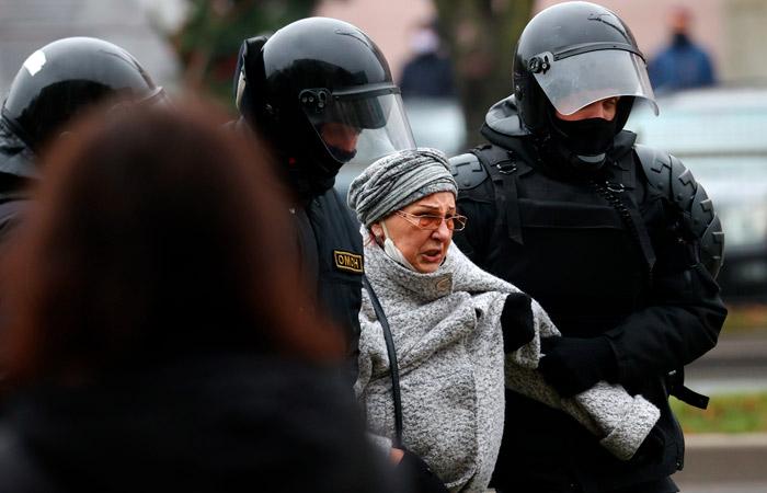 В Белоруссии насчитали более 1,1 тыс. задержанных на протестах за день