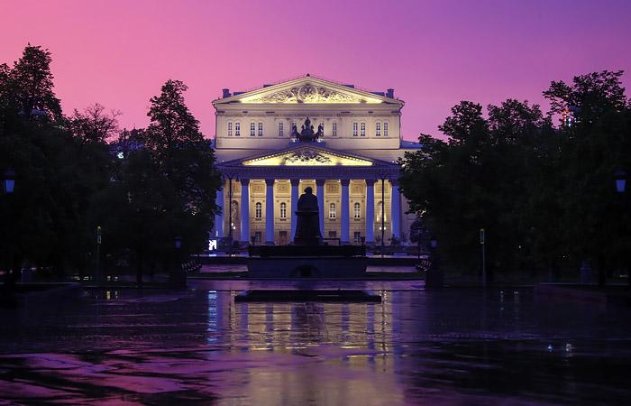 Большой театр обязал зрителей вернуть билеты на спектакли с 27 ноября