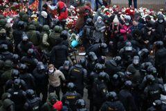Более тысячи человек задержаны в воскресенье на протестах в Белоруссии