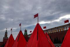 На борьбу с COVID-19 в Москве выделят еще почти миллиард рублей