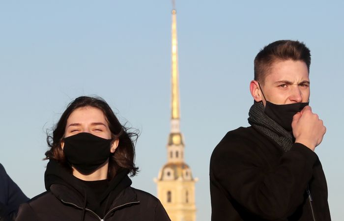 В Петербурге ужесточают антивирусные ограничения