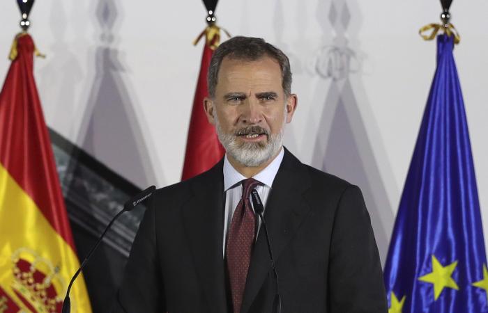 Король Испании уйдет на карантин из-за контакта с зараженным COVID-19