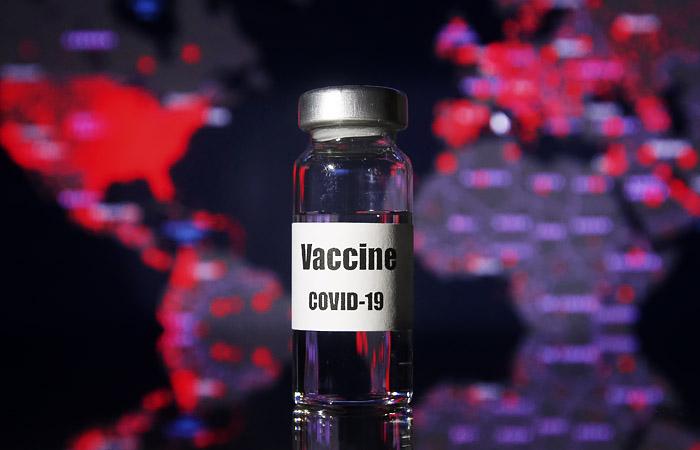 Вакцины от COVID-19 включены в перечень жизненно важных препаратов