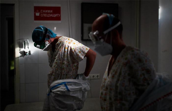 В РФ впервые выявили 27,5 тыс. заболевших COVID-19 за сутки