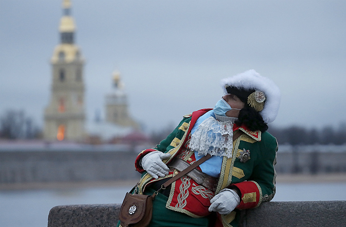 В России за сутки выявлено 27,1 тыс. случаев коронавируса