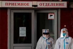 Минздрав особо встревожила ситуация с койками в Петербурге и Калининграде