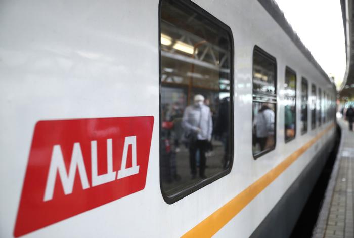 Поезд МЦД сбил насмерть пешехода под Подольском