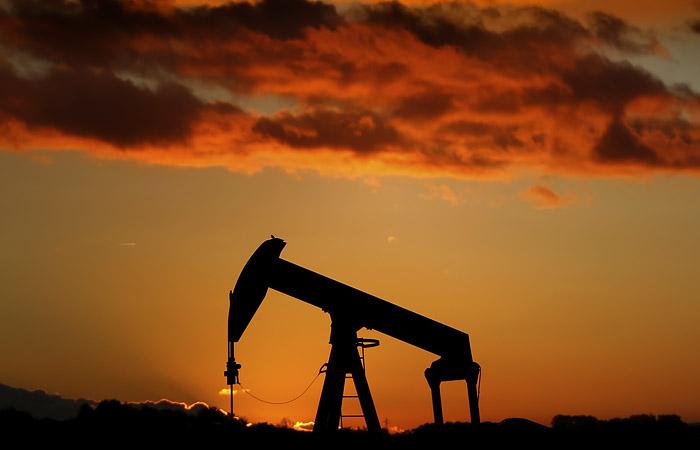Страны ОПЕК+ договорились о повышении нефтедобычи на 0,5 млн б/с