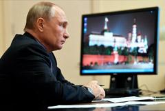 Путин предостерег от повторения ситуации с дефицитом продуктов в СССР