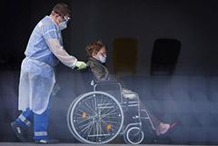 Медики РФ смогут получать инвалидность из-за коронавируса