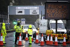 Британцы стали готовиться к дефициту из-за закрытия границы с Францией