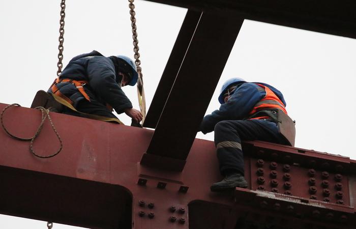 Сроки ввода жилья в РФ срывались из-за нехватки мигрантов