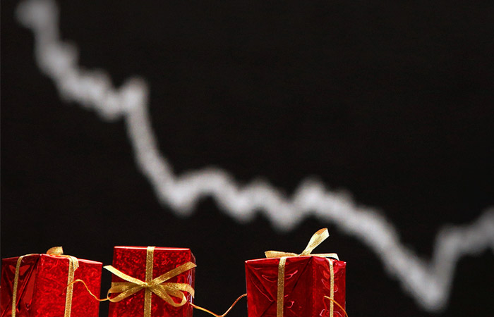 В США набор из рождественской песни подешевел вдвое из-за ограничений