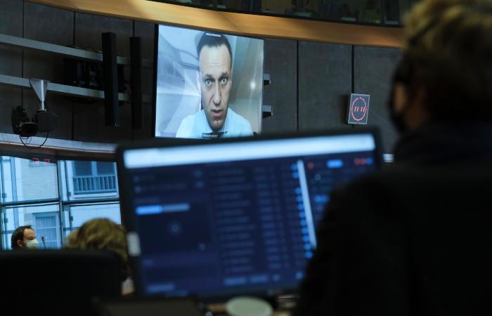 """Американский госдеп обвинил ФСБ в отравлении Навального """"Новичком"""""""