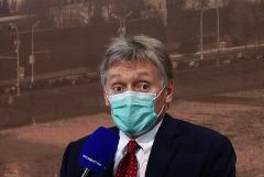 Песков рассказал об иммунитете Путина к нападкам