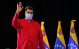 Мадуро пообещал вакцинировать 10 млн венесуэльцев за три месяца
