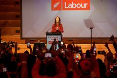 Премьер Новой Зеландии сформирует новый кабмин в течение трех недель
