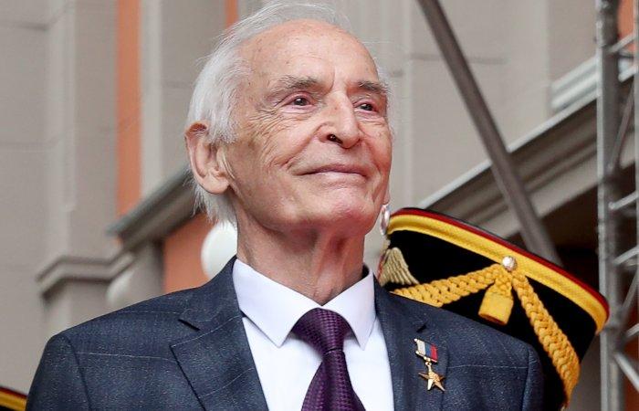 Актер Василий Лановой и его жена Ирина Купченко заболели коронавирусом