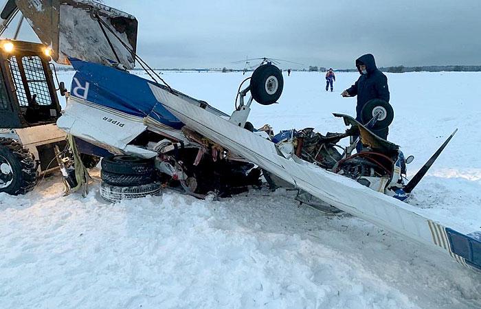 При крушении частного самолета под Петербургом погибли три человека