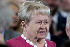 Пахмутову и Добронравова выписали из больницы после лечения от COVID