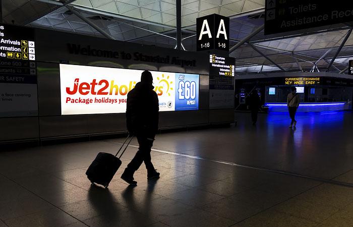 Приостановка авиасообщения с Великобританией продлена до 1 февраля