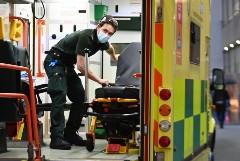 В Великобритании зафиксирована рекордная смертность от COVID-19