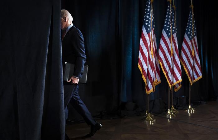 """Байдену посоветовали приостановить санкции против """"Северного потока 2"""""""
