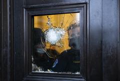 ФБР арестовало более 100 человек за участие в беспорядках в Капитолии