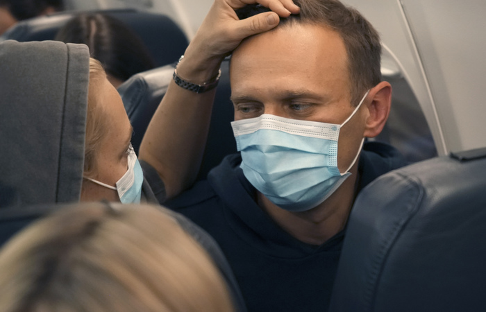 Главы МИД стран Балтии пригрозили России санкциями ЕС за задержание Навального