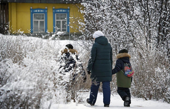 COVID в РФ начал уходить из больших городов в сельскую местность