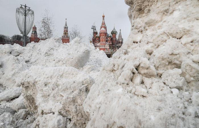 В некоторых районах Москвы уже выпало до 2 см снега