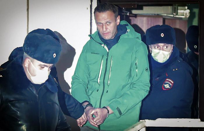 Защита обжаловала арест Навального
