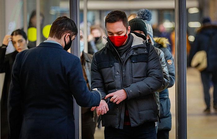 В России коронавирус выявили еще у 20 921 человека