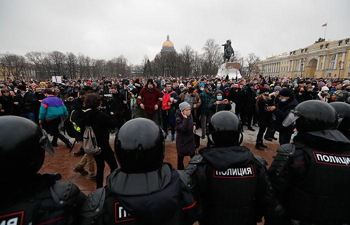 В Петербурге после акции к медикам обратились 24 человека