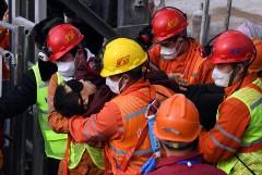 В Китае из-под завалов спасены еще четверо шахтеров