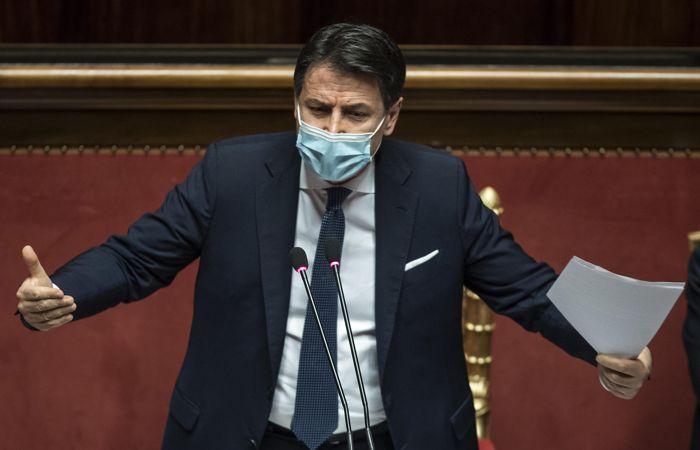 Премьер Италии подаст в отставку
